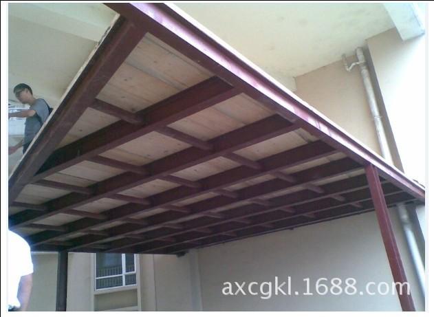 成都钢结构阁楼 钢木结构木板夹层