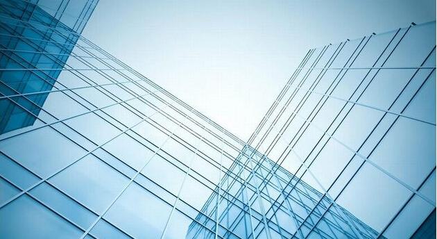 明框玻璃幕墙是金属框架构件显露在外表面的玻璃幕墙.