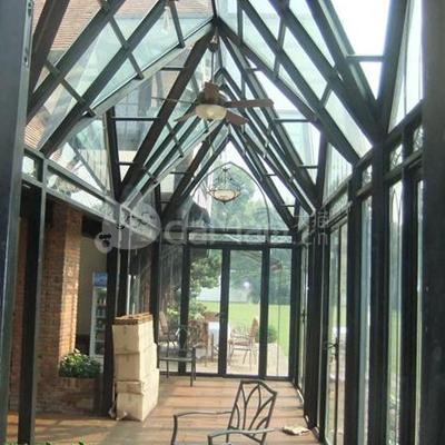 根据彩钢阳光房的跨度选择方钢或工字钢烤漆,阳光房的亮点在于设计的