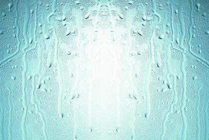 若中玻璃中空层里面结露,进气,进雾,有裂纹,有明显斑点,你